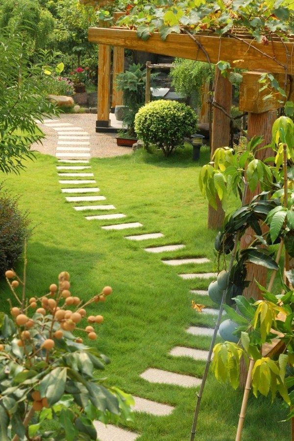 50 creative diy garden path plans you can build yourself to add 50 creative diy garden path plans you can build yourself to add beauty to your landscape solutioingenieria Gallery