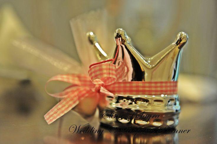 mpomponiera#koritsi#korwna#diakosmisi#vaptisis#ekklisia#koufeta#xwnakia#zaxarrwta#cupcakes#koritsi#eksoxi#decoration#baptism#comfits#cupcakes#mashmallow#countryside#little#lady#wedding#baptism#planner#elinabelagra#μπομπονιέρα#βάπτισης#κορίτσι#κορώνα#διακόσμηση#βάπτισης#εκκλησία#κουφέτα#χωνάκια#ζαχαρωτά#cupcakes#εξοχή#μια#μικρή κυρία#wedding#baptism#planner#elinabelagra#