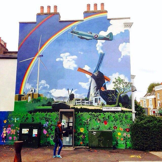 More amazing #mural #streetart in #Dulwich / #Peckham. This on seems appropriate #Poppy #WWI #WWII It's a #Kooky #London #ig_London #igLondon #London_only #UK #England #English #GreatBritain #British #quirky #odd #weird #photoftheday #photography #picoftheday #igerslondon #lovelondon #timeoutlondon #instalondon #mylondon #art #spitfire #Padgram