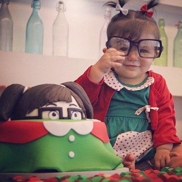 57424c850 Tem Chiquinha por aqui comemorando mais um mêsversário ! Imagem  @sweetdesignrj #loucaporfestas #cake