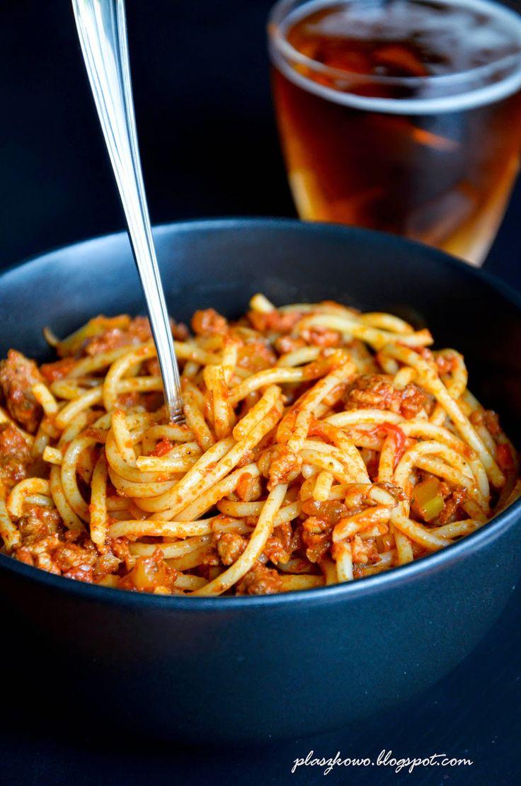 spaghetti z mięsem mielonym i pieczarkami