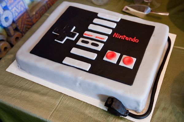 nintendo wedding cake, image by Pilster Photography