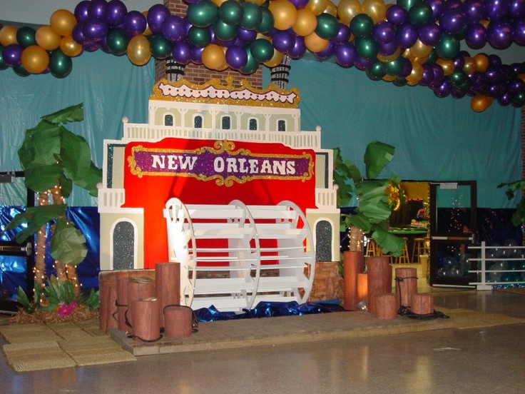 I Designed This Riverboat Prop For After Prom Oh What A Night Decorations