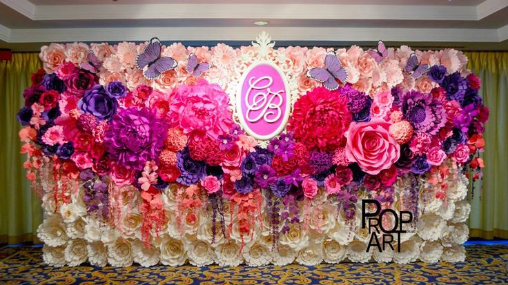 wedding paper flowers wall: