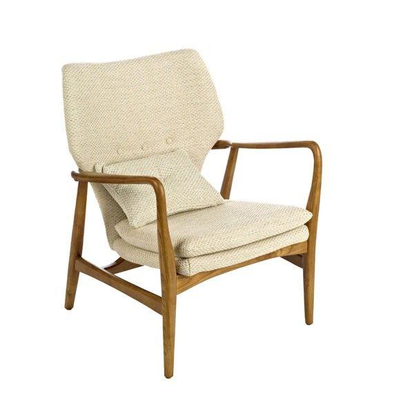 Wat: Chair Peggy fauteuil Ontwerper/fabrikant: Pols Potten  Herkomst: Nederland  Materiaal: Essen (hout), Polyester (kunststof) Prijs: € 770,-