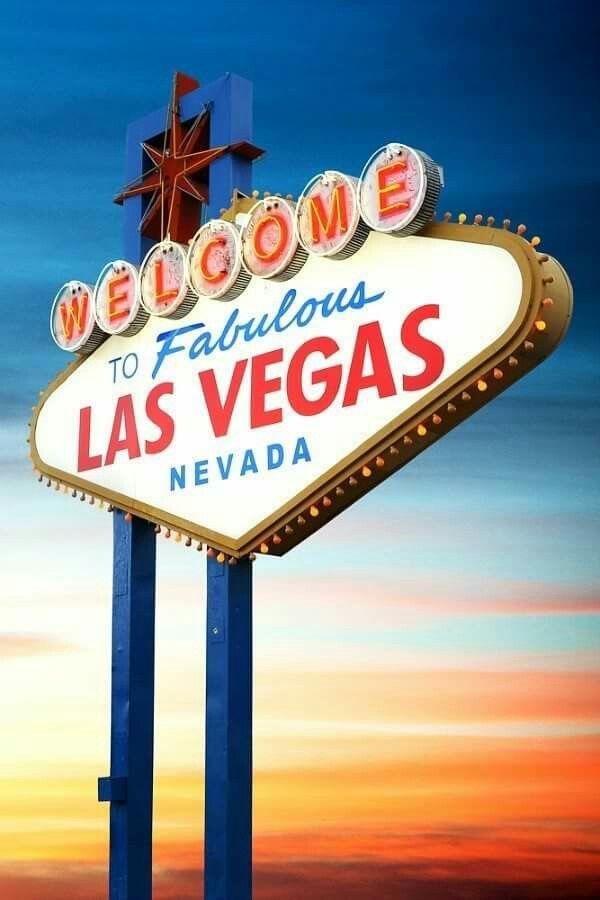 ラスベガスのシンボル的看板ここの前での記念撮影は定番!ラスベガス 旅行・観光の見所。