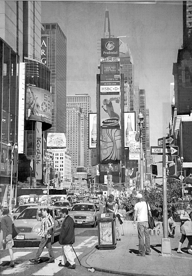 I was in Times Square just under a year ago - these pencil pictures are very, very cool http://mirr.im/AbI78G