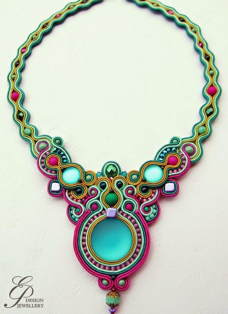 Editgyöngyei: Neon színes nyaklánc a fülbevalóhoz