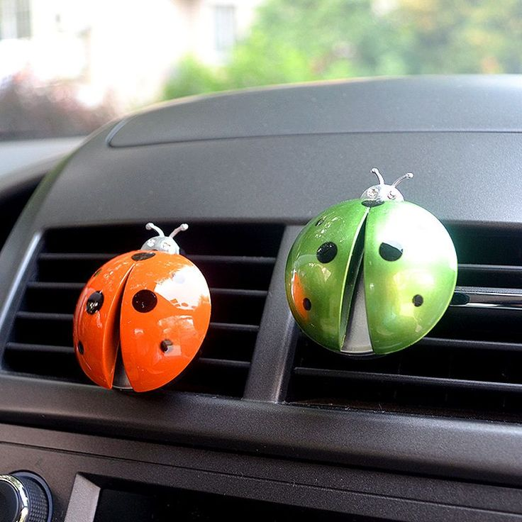 new arrival Car Air Conditioning Outlet Perfume Beetle Car Air Freshener Car Perfume Automotive Interior Ladybug Styling