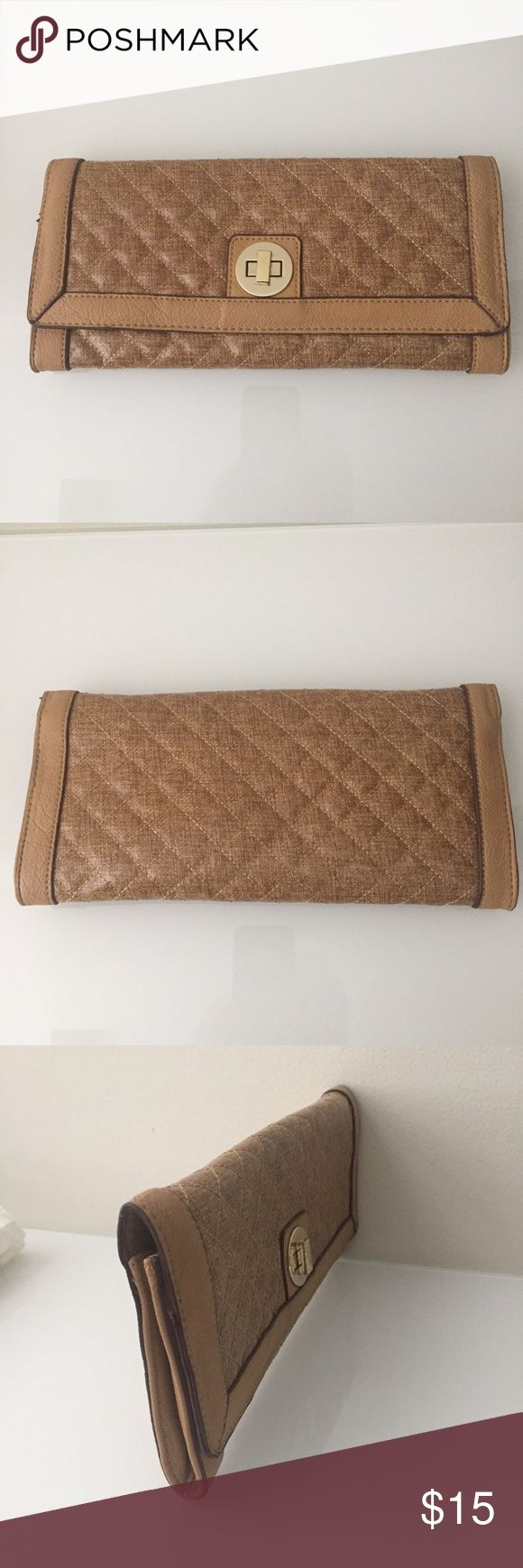 Sandra Roberts brown clutch purse Brown clutch purse in excellent condition. Just missing the shoulder strap attachment.   Purse has three pockets for storage. Bags Clutches & Wristlets