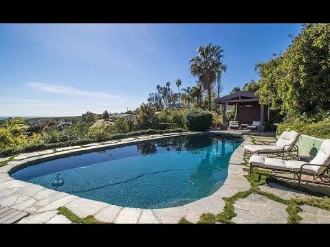 https://youtu.be/thbC1F4lu24  #Robert #Downey malibu mansion is really awesome and very hot place to live and we sure you will love this kind mansion to live. Watch the video and share it with your friends.  Did you miss these home tours? https://www.youtube.com/watch?v=BShlP... https://www.youtube.com/watch?v=7PQb4... https://www.youtube.com/watch?v=lNfre...  thanks for watch this video and don't forget to subscribe the #starslife channel to get more videos daily