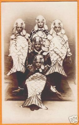 family fish costumes, vintagelover: Vintage oddities