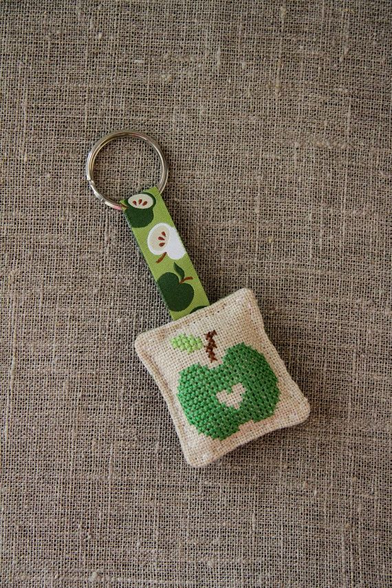 Keyring with crossstitched apple design linen green  by Plushka
