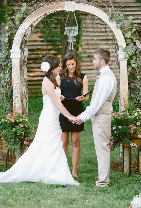 15 best ideas about christmas themed garden wedding on for Simple outdoor wedding ceremony ideas