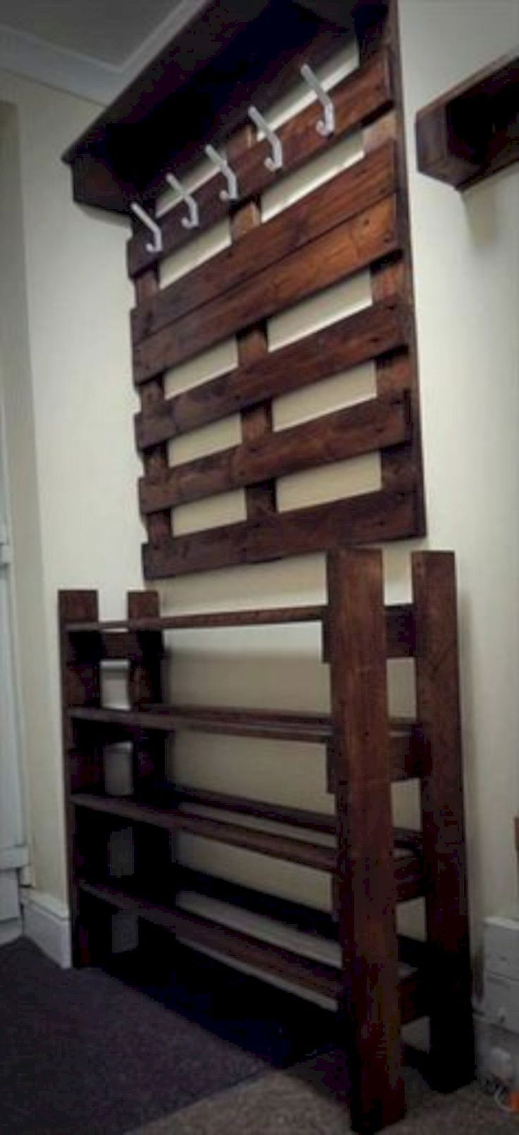 best 25 diy shoe rack ideas on pinterest shoe shelf diy shoe rack and shoe rack pallet. Black Bedroom Furniture Sets. Home Design Ideas