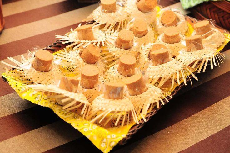 pirulito de biscoito fazendinha - Pesquisa Google