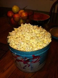 How to make popcorn on the stove top. Healthier and cheaper than that stuff you put in the microwave!