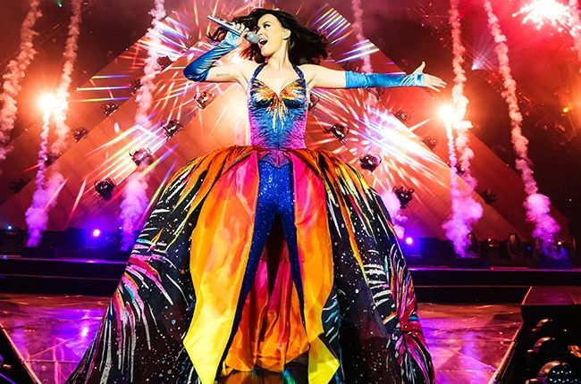 Fabulously FUN Katy Perry! I am taking my daughter to her first ever concert--it will be EPIC! Tacoma here we come!