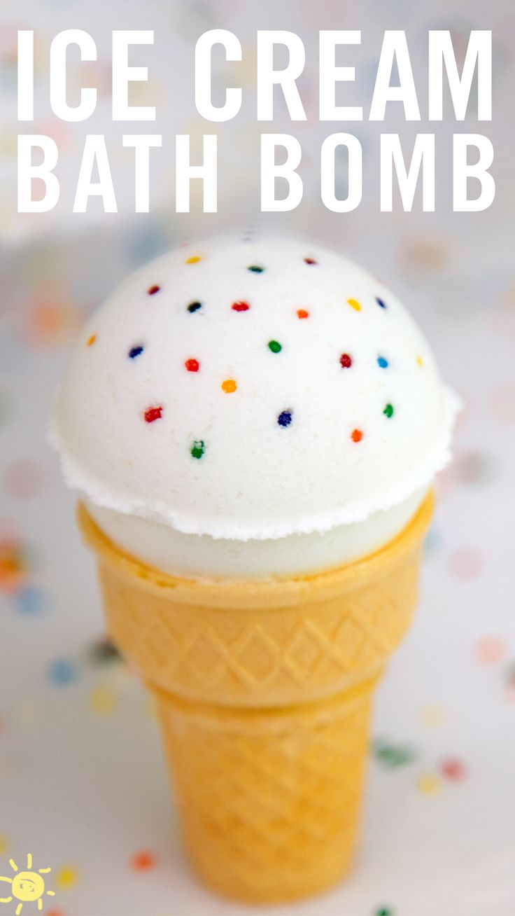 ICE CREAM BATH BOMBS // Check out this new spin on one of our all time favorite DIY's.