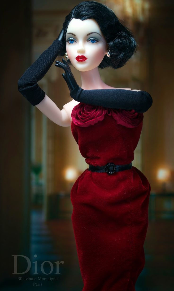 """Jamieshow Gene Marshall ~ """"J'Adore"""" in Dior fashion by AD ~ Wig by Ilaria ~ Image and styling by Tom Logan ~ The Glass of Fashion"""