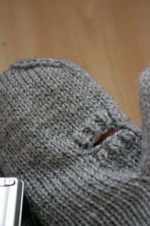 Photographer mittens - free pattern