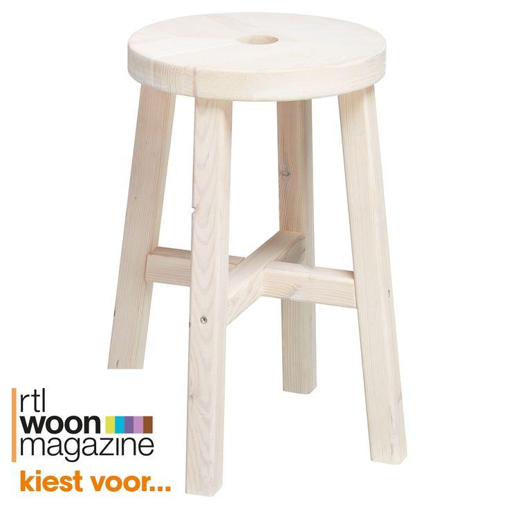 Houten kruk wit. 38x38x45 cm (lxbxh). #kwantum #kruk #hout #wit #witwonen #interieur #wonen #inspiratie