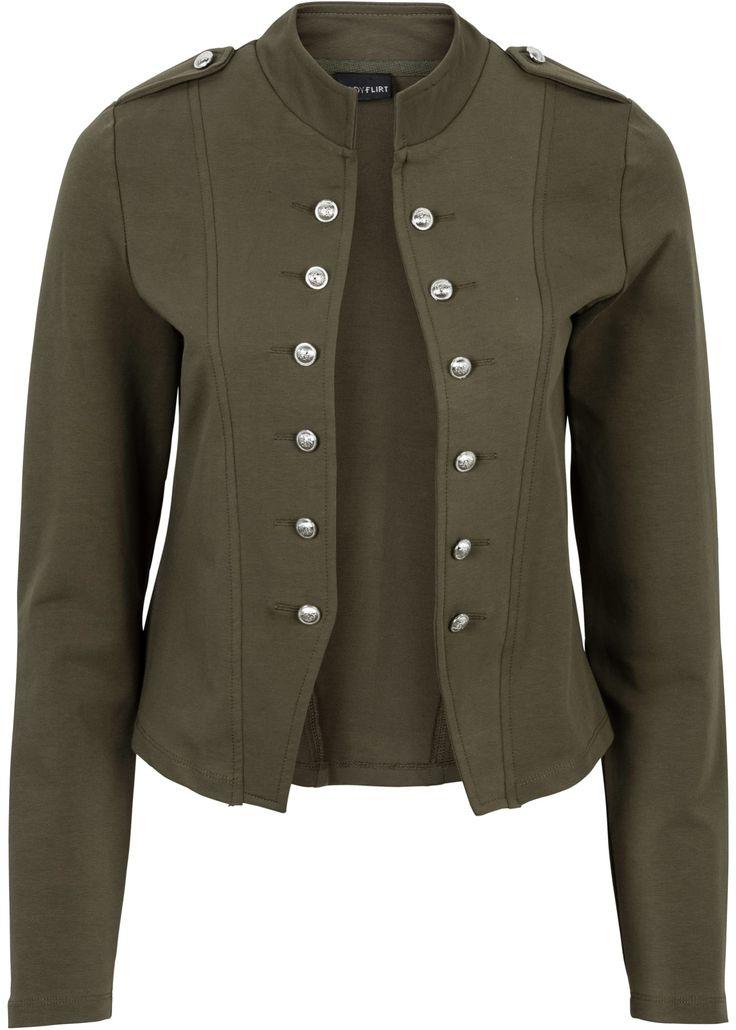 Absolutes Statement für den Military Look: große Knopfleisten an der Jacke! 😍