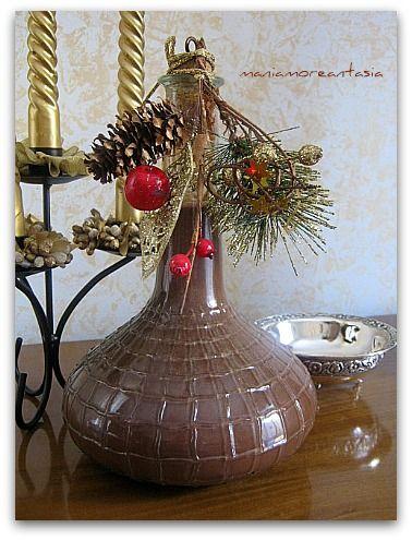 Virtualmente desidero offrire a tutti i miei lettori, un bicchierino di questo liquore cremoso al cioccolato, per augurare un sereno Natale