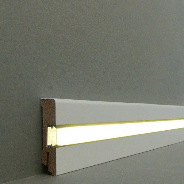 """Licht - Fußleisten / Licht - Sockelleisten """"Ulm"""" (MDF foliert / 716.731L) - weiß - LED - Fußleisten und LED - Treppenkanten - LICHT"""