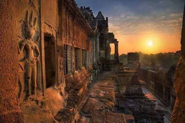 Храм Ангкор Ват в Камбодже.  Кто был, либо желает...