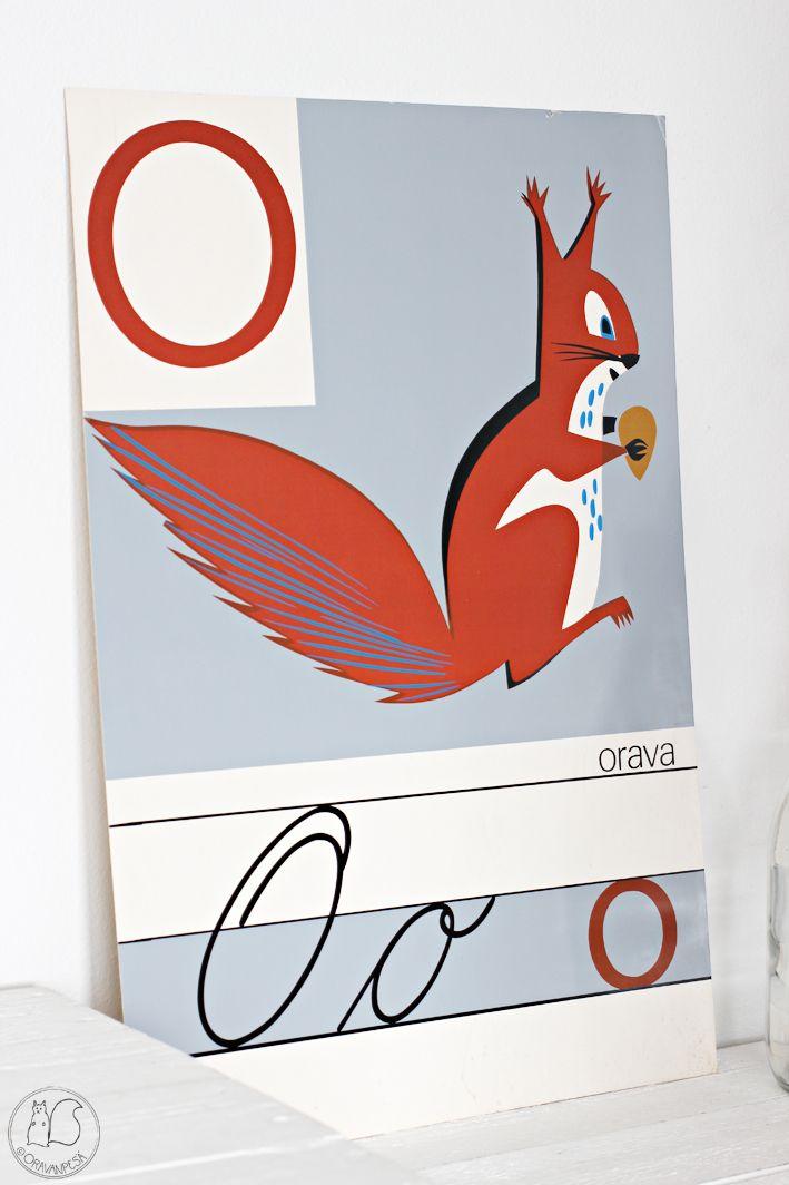 Oravanpesä   O niin kuin orava -vanha koulutaulu