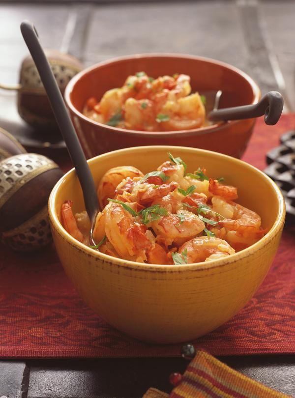 Recette de Ricardo de Cari de crevettes. Ces crevettes épicées à l'indienne sont un excellent repas pour la santé rapide et simple à préparer.