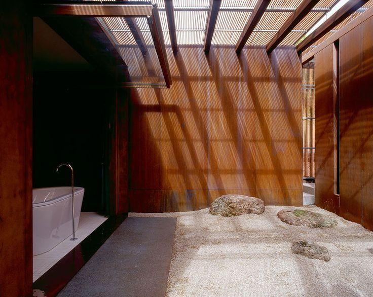 Peninsula House, Mornington Peninsula, Victoria, Australia - by Sean Godsell Architects