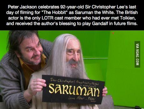 92 year old Christopher Lee filming his last scene as Saruman in London