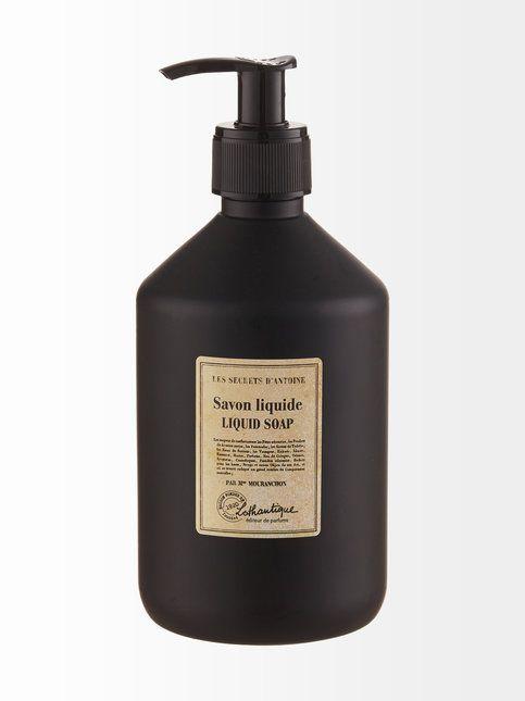 Nestesaippua tuoksuu mausteiselta ja raikkaan sitruunaiselta. Saippua puhdistaa hellävaraisesti ja luonnollisesti jättäen ihon pehmeäksi ja miellyttäväksi. Saippua ei sisällä parabeeneja, BHT:tä eikä EDTA:ta. Tuotetta ei ole testattu eläimillä. Tuote soveltuu kaikille ihotyypeille. Pakkaus on täytettävä muovinen pumppupullo. Tilavuus 500 ml.