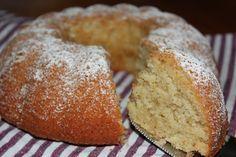 Mat med Suss: Sockerkaka med äpple och mandelmassa