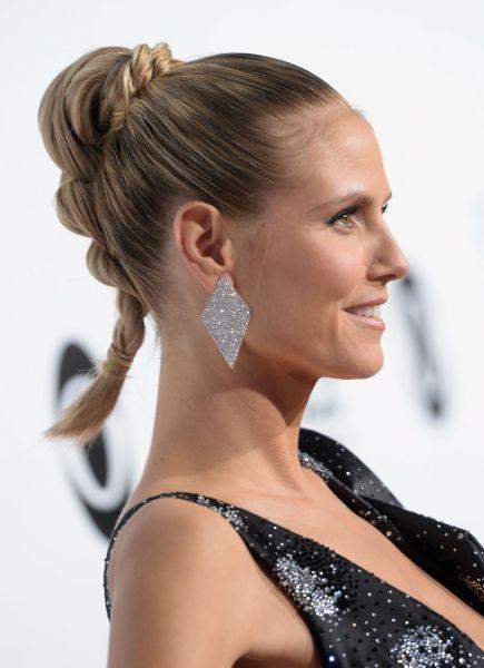 Acconciature capelli lunghi Heidi Klum: coda di cavallo ibrida