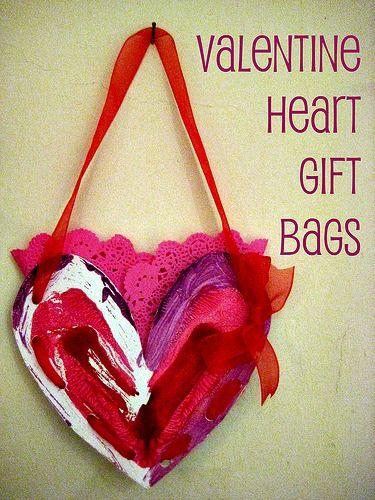 valentine gift bag - this site nurture store has tons of great valentine's crafts!