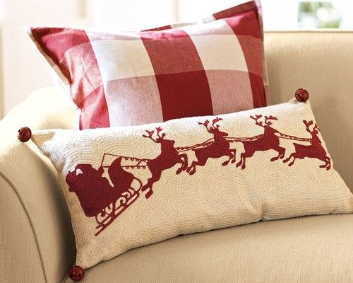 should have gotten the santa pillow last year when I saw it at the outlet! will get it this year if they have it!
