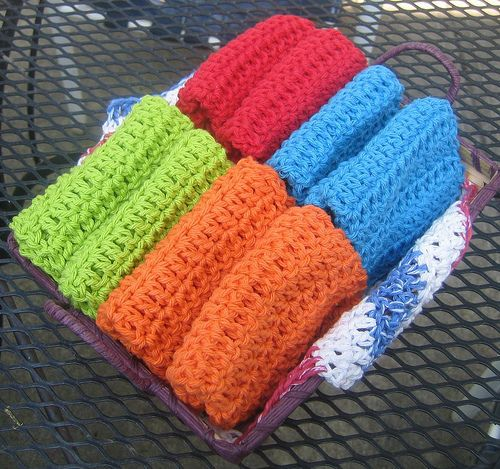 """""""How To Crochet A Washcloth - very basic...good for a beginner if you talk them through it. Note at the beginning, when she says to start out with """"27 single stitches"""", she means ch 27. And she wants you to dc in 2nd ch from hook. Really you should ch 28 or 29 and dc in 3rd or 4th ch from hook then dc in ea ch across."""" http://www.instructables.com/id/Free-Crochet-Pattern-Not-Your-Grandmas-Crochet-/?ALLSTEPS"""