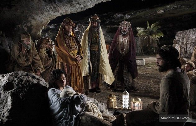 The Nativity Story - Publicity still of Oscar Isaac, Keisha Castle-Hughes, Nadim Sawalha, Stefan Kalipha, Eriq Ebouaney & Ted Rusoff