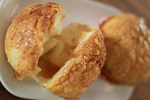 Pineapple Bun | Polo Bun | Easy Asian Recipes at RasaMalaysia.com