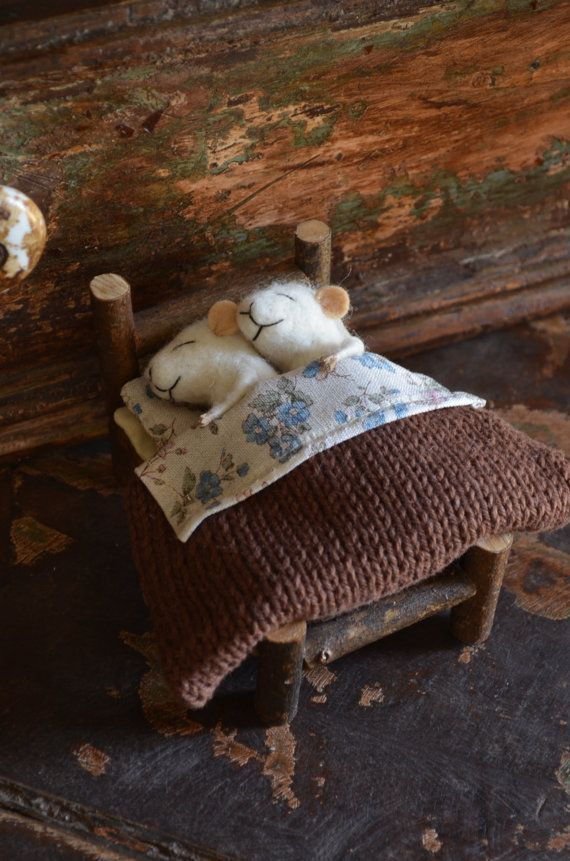 feltingdreams, sweet sleeping mice in a bed made of sticks.