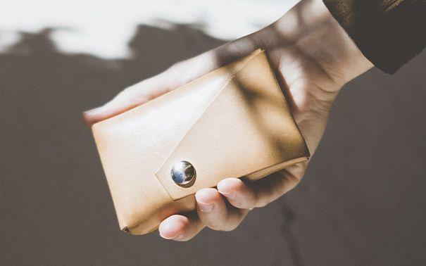 5 вещей, которые надо носить в кошельке