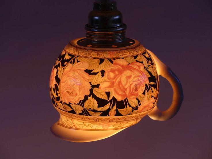Hanglampje van Chinees porseleinen melkkannetje met roze rozen door upservies op Etsy