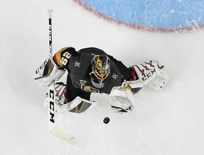 Las Vegas Nv April 11 Marc Andre Fleury 29 Of The Vegas Golden Knights Makes A Save Against The Golden Knights Golden Knights Hockey Vegas Golden Knights