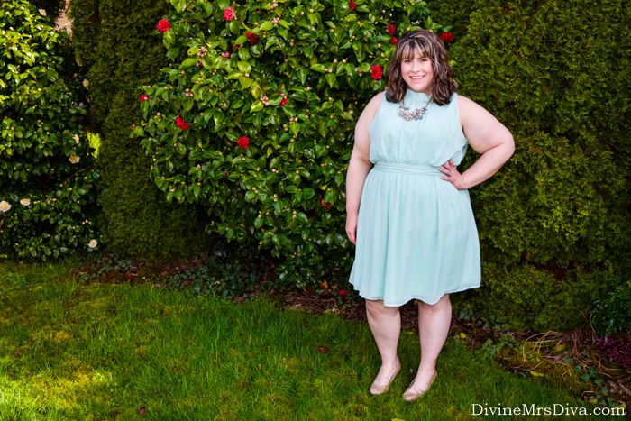 In today's post, Hailey reviews three items she bought during the ModCloth Stylish Surprise sale - the Sample 3370 Dress, the Vow to Wow Necklace in Light Pink, and the Full Steam Trailhead Jacket. - DivineMrsDiva.com #Modcloth #StylishSurprise #ModClothStylishSurprise #weddingstyle #psblogger #plussizeblogger #styleblogger #plussizefashion #plussize #psootd #ootd #plussizeclothing #outfit #fall #spring #summer #style