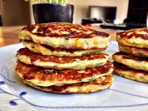 Jeg laver de her hele tiden, så jeg forstår egentlig ikke hvorfor jeg først har lagt opskriften på bloggen nu, de passer til alt. jeg laver dem tit som tilbehør til kød, eller til salat hvis jeg har meatless day, og hvad der er endnu bedre så smager de også fantastisk i madpakken dagen e....