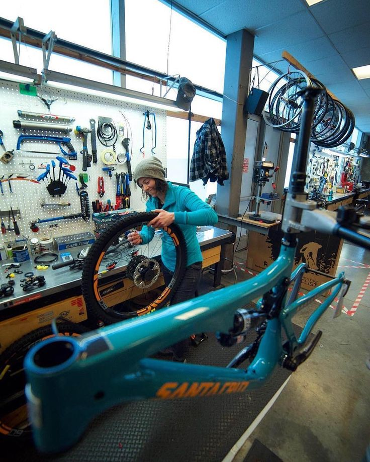 A behind the scenes look at @competitivecyclist bike shop.  They may be an online company but they still put blood sweat and tears into each and every build. #iRideENVE #iRideENVE #ENVEComposites #Cycling #CarbonWheels #MountainBike #HandbuiltBikes #BikePorn
