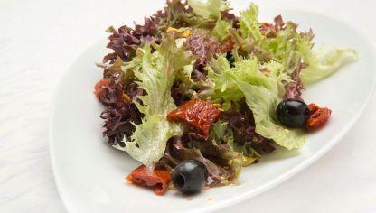 Receta de Ensalada de lollo y tomates deshidratados #ensalada